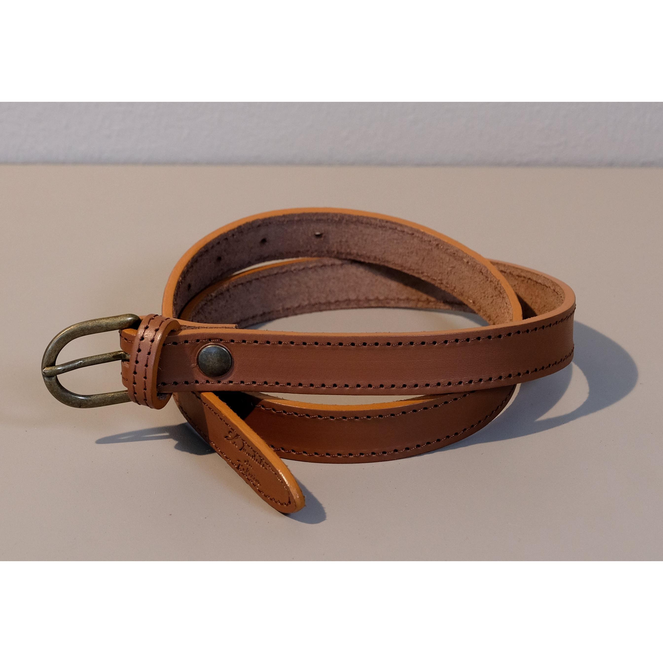 332c3985ef92 ceinture rouge couture ceinture naturel couture 2cm  ceinture celadon couture 3 cm ceinture brun couture 3cm ceinture -avec-coutures-boucle-ronde-cuir-800
